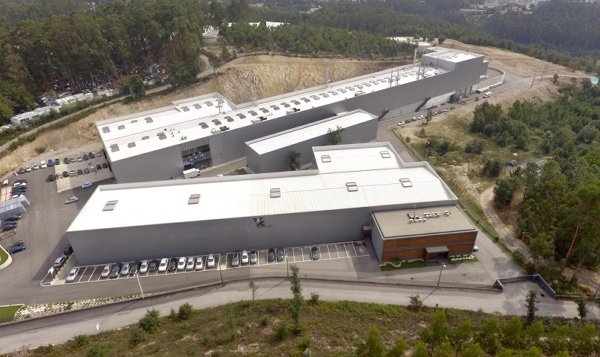 Unidade Industrial RACLAC em Famalicão