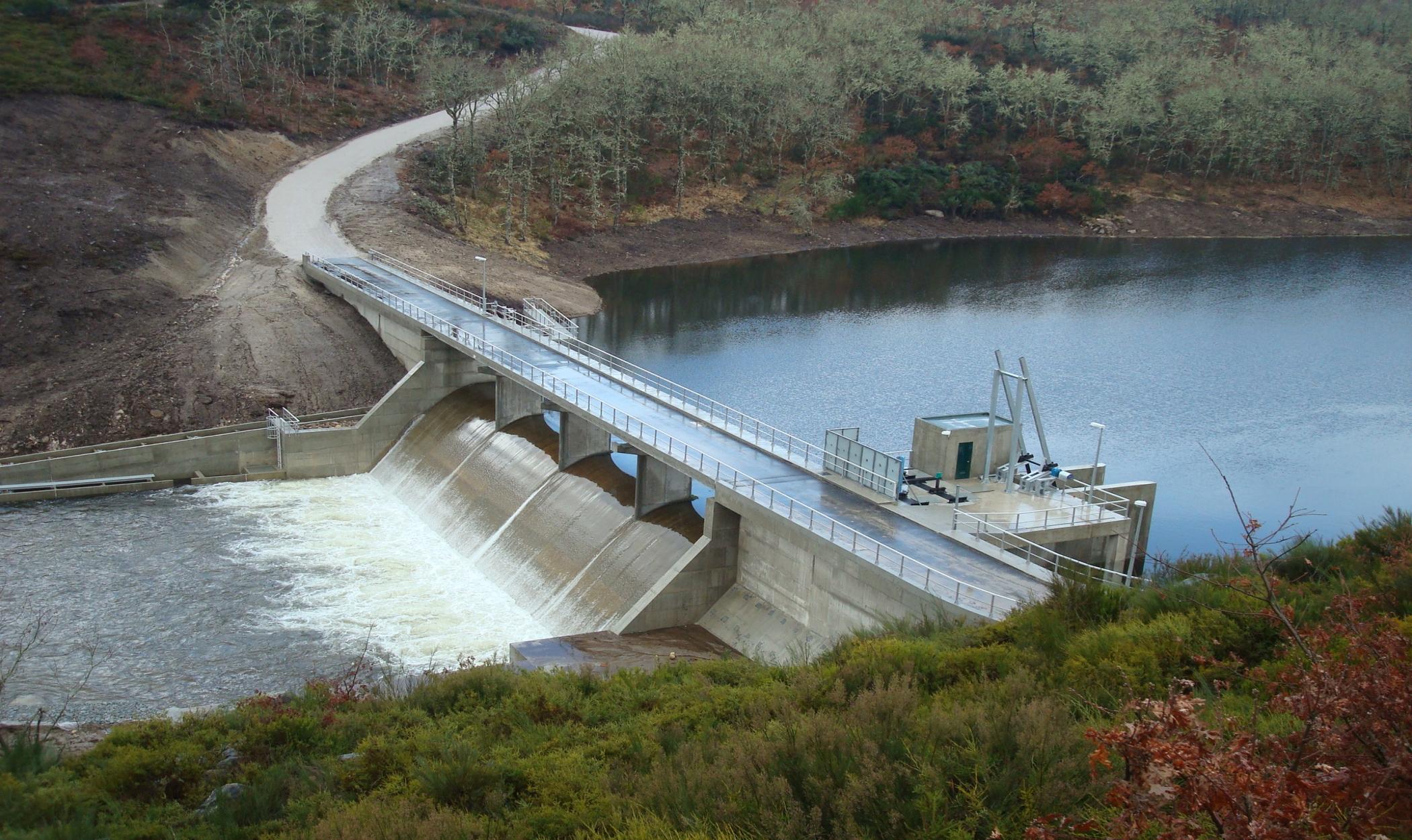 Aproveitamento Hidroeléctrico de Canedo