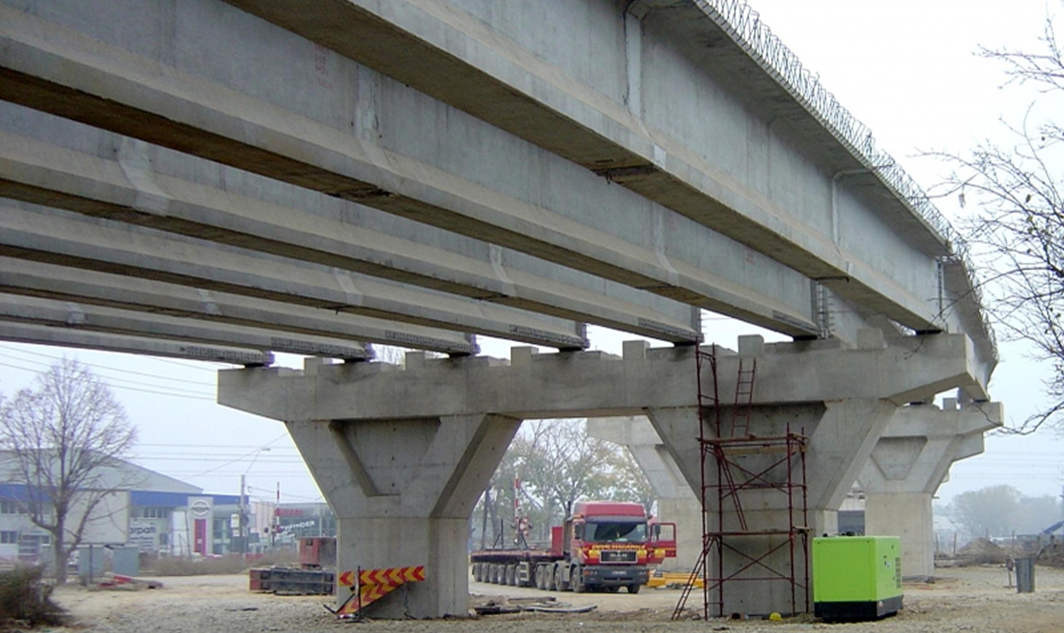 Construção de Viaduto na Estrada Pipera - Tunari