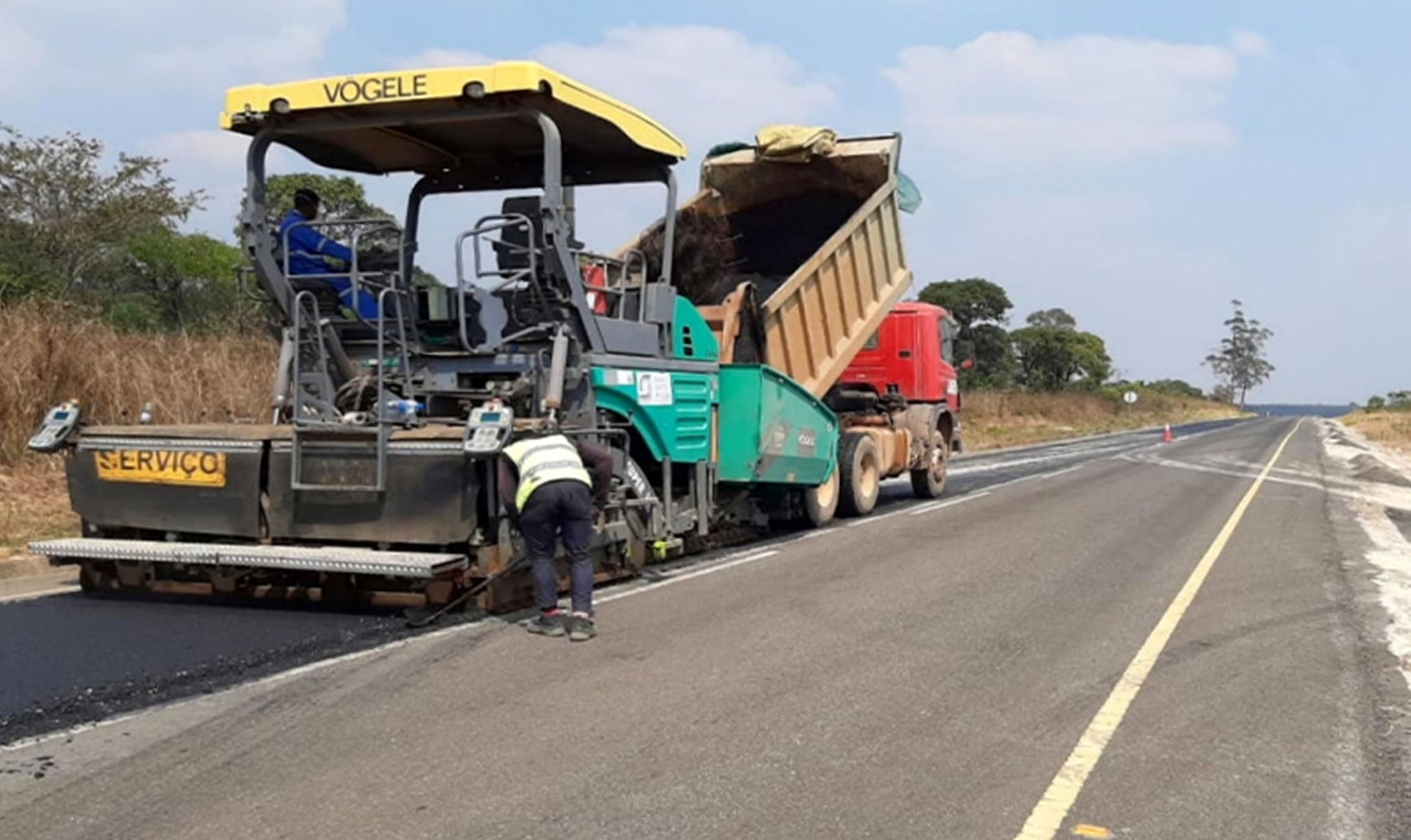 Reabilitação da Estrada Nacional 320, no Troço Rio Cuxila / Lucala